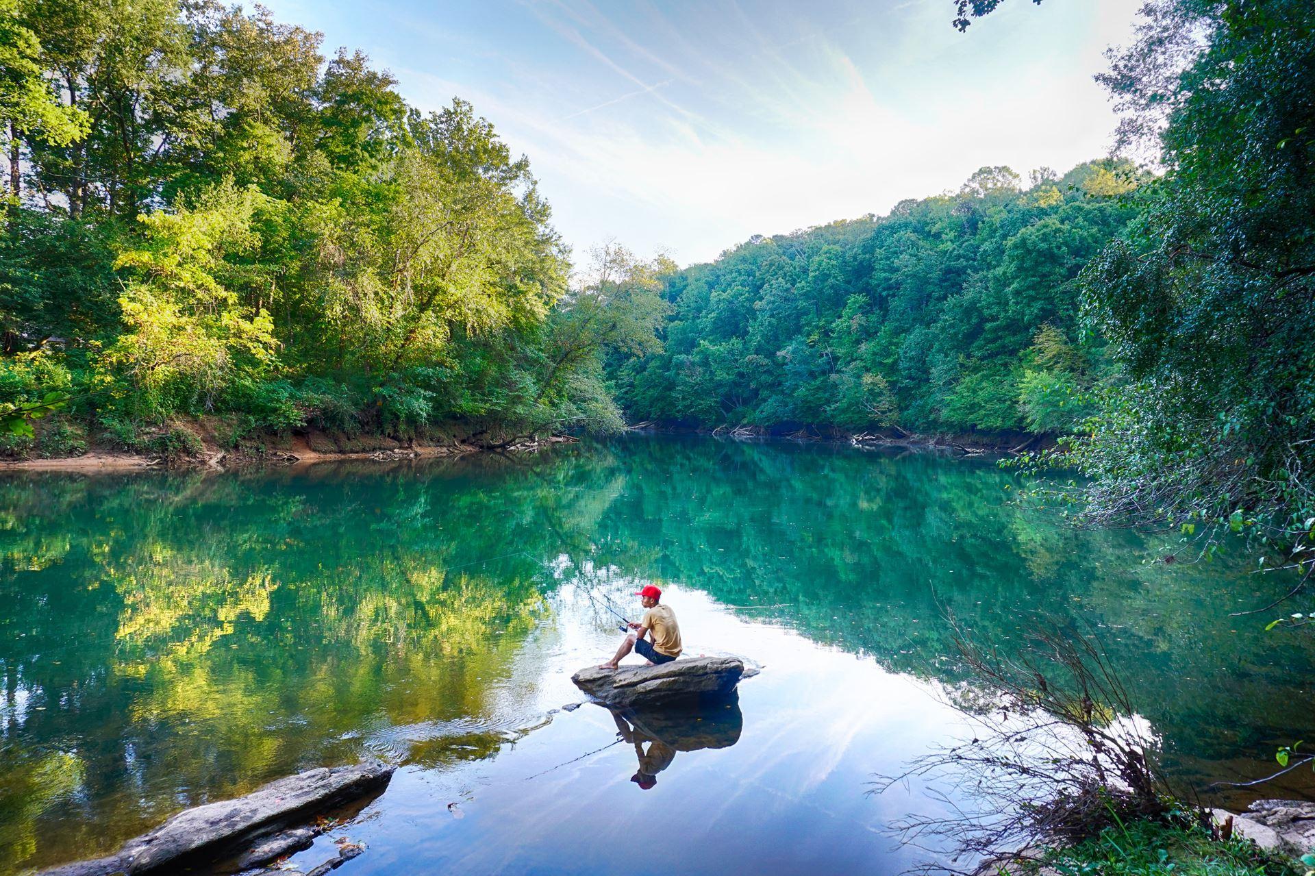 fishing on the chattahoochee river ga photo by steve harwood